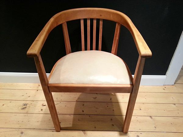 Bauhaus Stuhl Holz Simple Bauhaus Design Stuhl Neba In Farben With