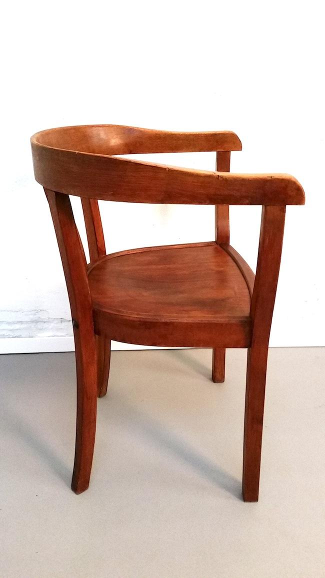 Stuhl Klassiker Holz armlehnstuhl fabrikat verkauft 69m concept store